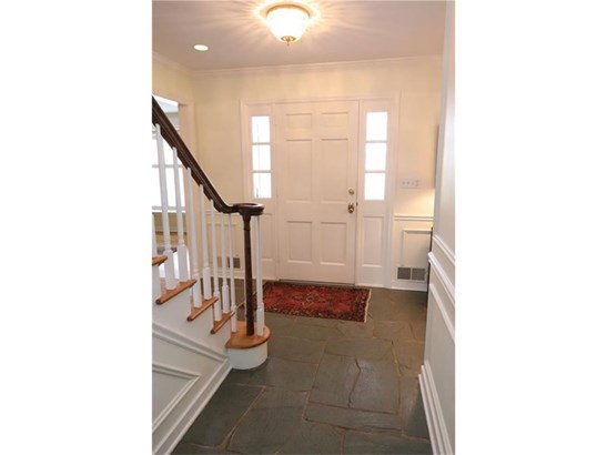 1410 Candlewood Drive, Upper St. Clair, PA - USA (photo 2)