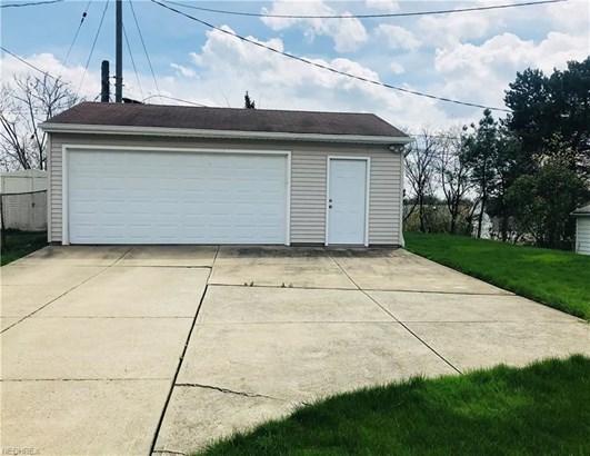 11202 Danbury Ave, Garfield Heights, OH - USA (photo 2)