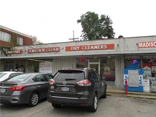 15019 Madison Ave, Lakewood, OH - USA (photo 2)