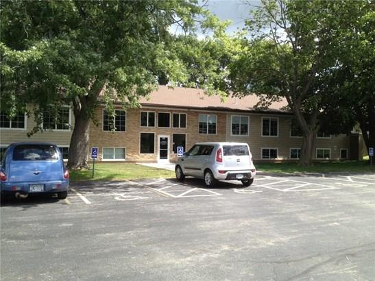 564 E Ridge Road, Irondequoit, NY - USA (photo 3)