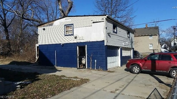 933 E 144th St, Cleveland, OH - USA (photo 2)