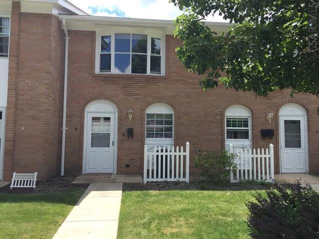 1060 Tener St, Johnstown, PA - USA (photo 1)