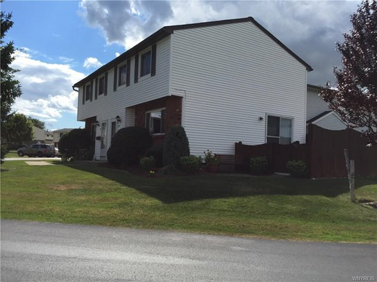 25 Parkview Court, Lancaster, NY - USA (photo 1)