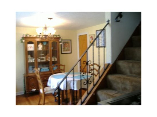 2819 Mckelvey Rd, Braddock Hills, PA - USA (photo 3)