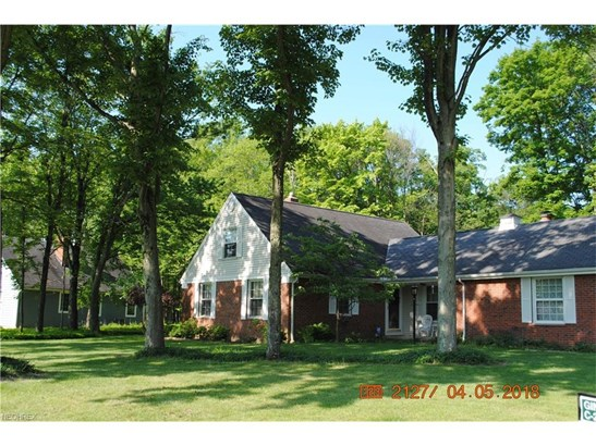 3400 Russett Dr, Broadview Heights, OH - USA (photo 2)