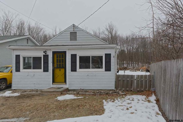 118 Pershing Av, Wynantskill, NY - USA (photo 2)