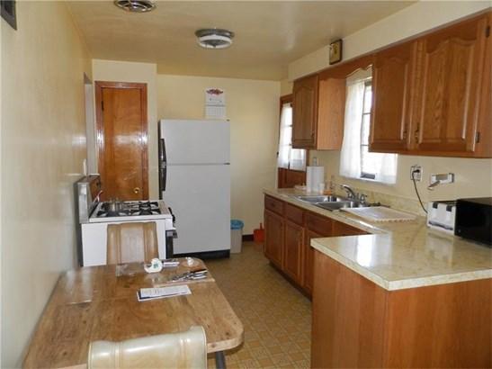 414 Marzolf Rd, Shaler Township, PA - USA (photo 5)