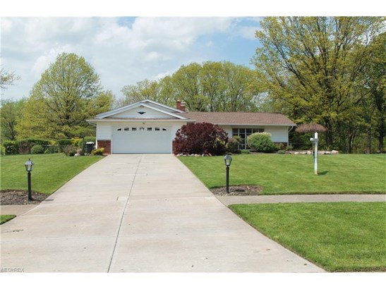 26769 Huckleberry Dr, Richmond Heights, OH - USA (photo 1)