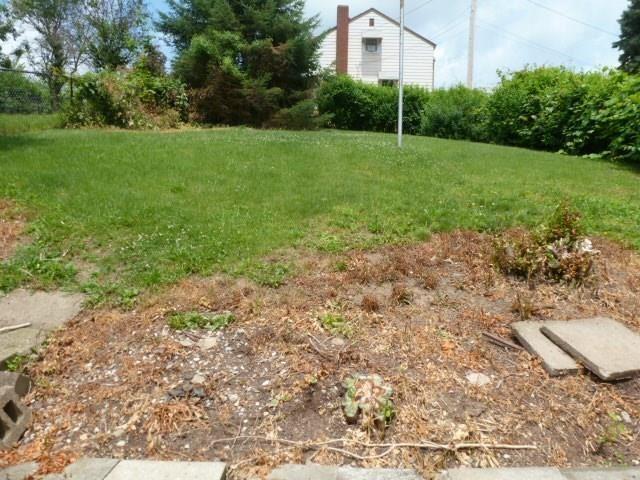 812 Florence Ave., East Mckeesport, PA - USA (photo 4)