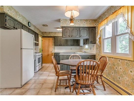 5977 Ashcroft Dr, Mayfield Heights, OH - USA (photo 2)