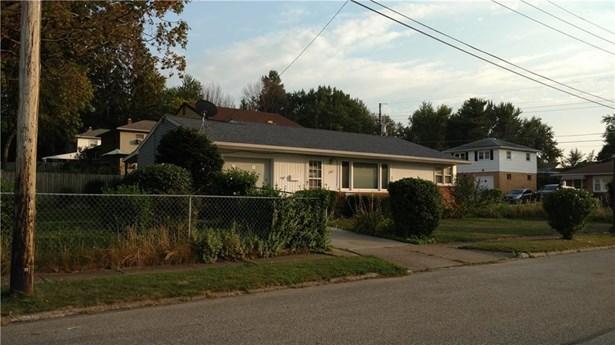 1303 Anna Court, Erie, PA - USA (photo 2)