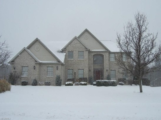 5469 Riverview Dr, North Royalton, OH - USA (photo 1)