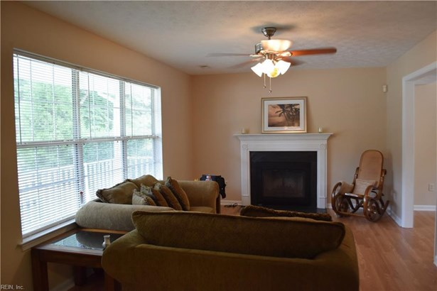 820 Goosley Rd, Yorktown, VA - USA (photo 5)