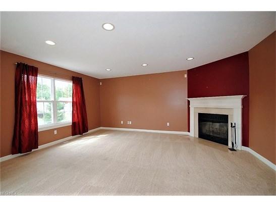 1763 Lockwood Oval, Twinsburg, OH - USA (photo 2)