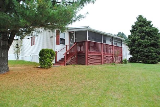 200 W Oakfield Court, Lancaster, PA - USA (photo 1)