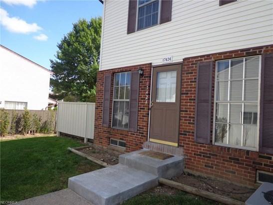 17424 Sheldon Rd 45d, Brook Park, OH - USA (photo 3)
