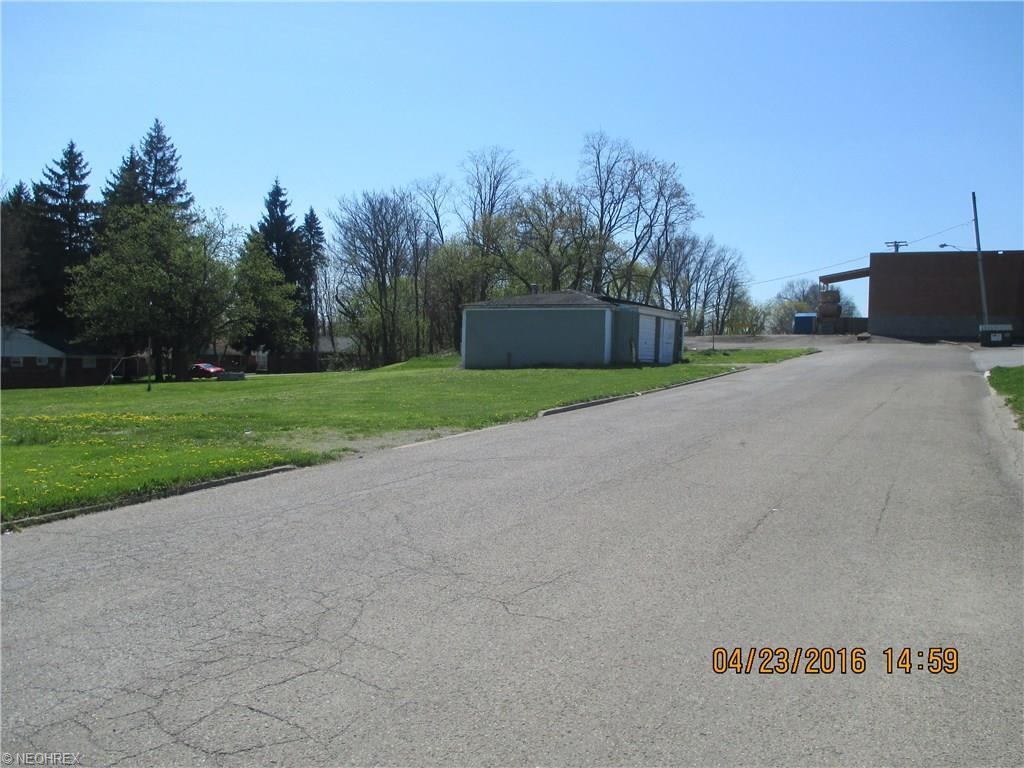 2129 E Midlothian Blvd, Struthers, OH - USA (photo 1)