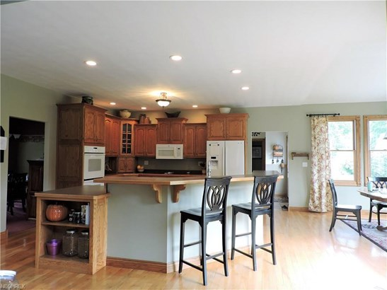 27385 Capel Rd, Columbia Station, OH - USA (photo 3)