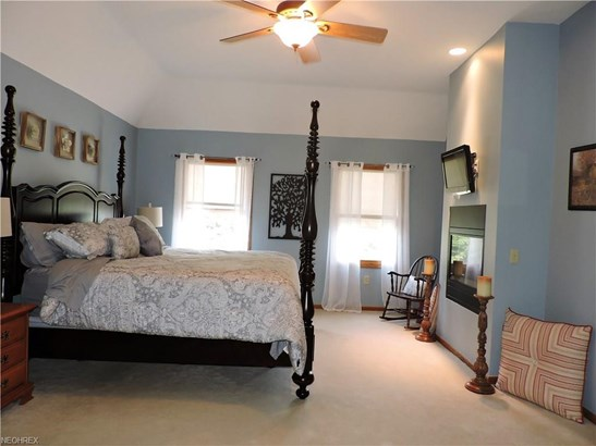 27385 Capel Rd, Columbia Station, OH - USA (photo 5)