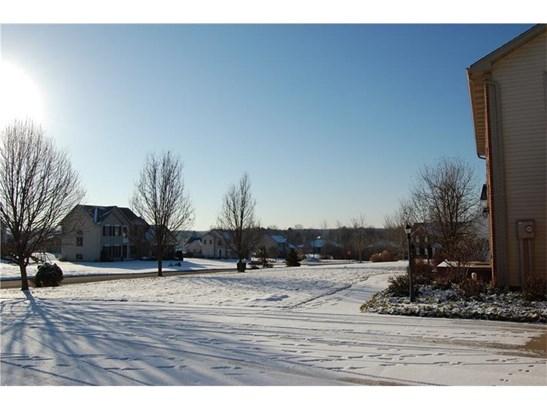 7 Carriage Lane, Grove City, PA - USA (photo 5)