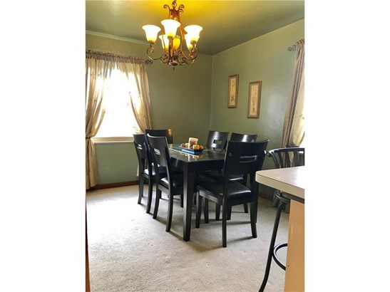 1408 Hamilton Rd, Castle Shannon, PA - USA (photo 4)