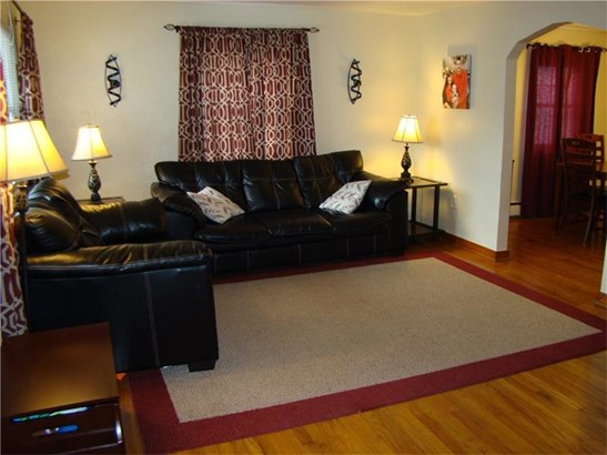 414 Gilmore Avenue, Trafford, PA - USA (photo 3)