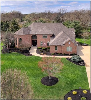 4531 Hunting Valley Ln, Brecksville, OH - USA (photo 1)