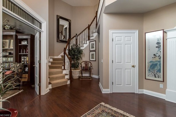 4531 Hunting Valley Ln, Brecksville, OH - USA (photo 4)