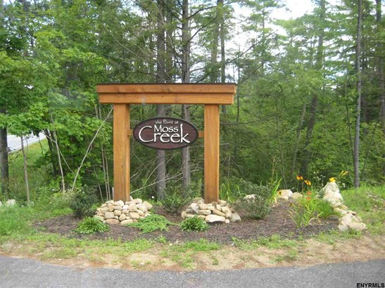2 Moss Creek Rd, Middle Grove, NY - USA (photo 1)