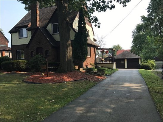 312 Sumner Ave, New Castle, PA - USA (photo 2)