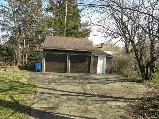 5875 Wickfield Dr, Parma Heights, OH - USA (photo 3)