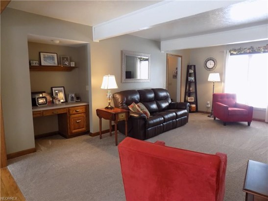 152 Westchester Dr, Amherst, OH - USA (photo 4)