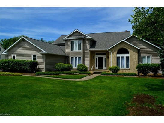 35051 Glen Kyle Ln, Willoughby Hills, OH - USA (photo 1)