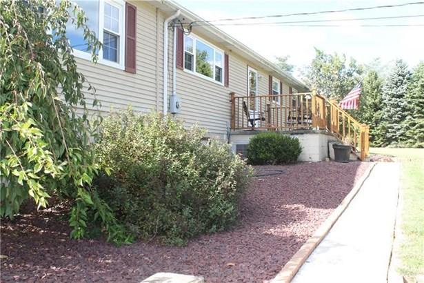 561 Otts Rd, New Alexandri, PA - USA (photo 3)