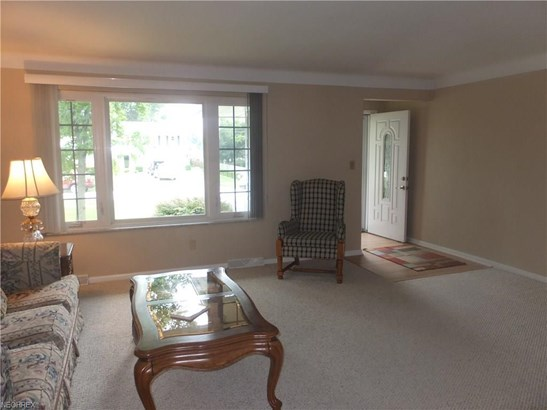 1274 Mayfair Dr, Seven Hills, OH - USA (photo 2)