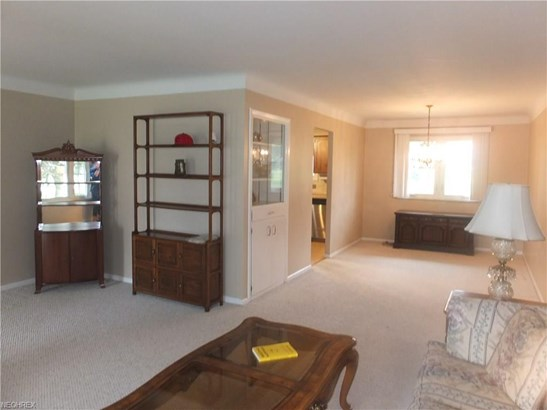 1274 Mayfair Dr, Seven Hills, OH - USA (photo 4)