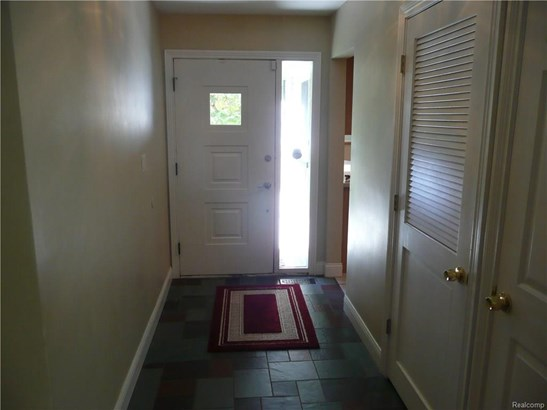 5833 Burnham Rd, Bloomfield Township, MI - USA (photo 2)