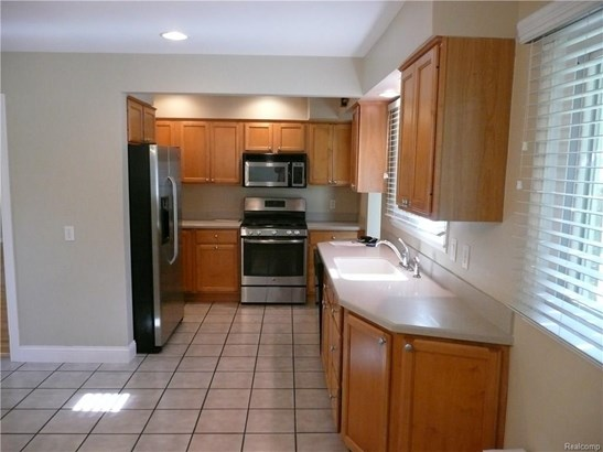 5833 Burnham Rd, Bloomfield Township, MI - USA (photo 3)