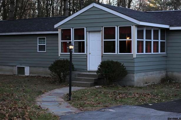 281 Burgoyne Rd, Schuylerville, NY - USA (photo 1)