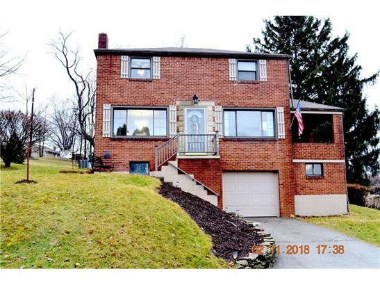 1043 Thornwood Dr., Castle Shannon, PA - USA (photo 1)