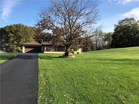 4419 Ellwood Rd, Castle, PA - USA (photo 1)