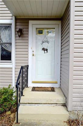 28 Shanafelt Ave, Tallmadge, OH - USA (photo 2)