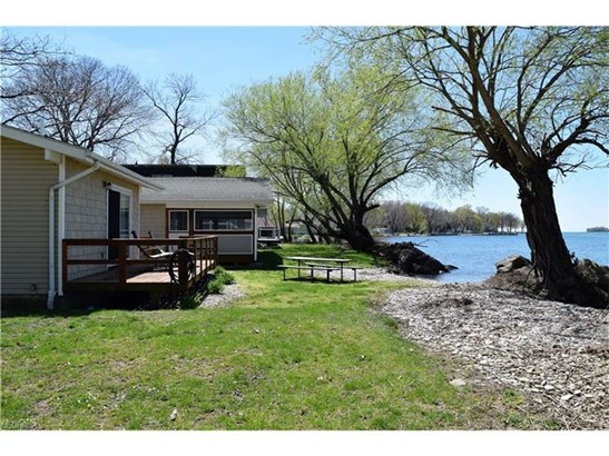 400 Sea Breeze Dr, Middle Bass, OH - USA (photo 4)