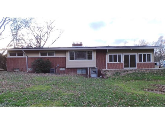 8598 Schubert Ne Ave, Alliance, OH - USA (photo 4)