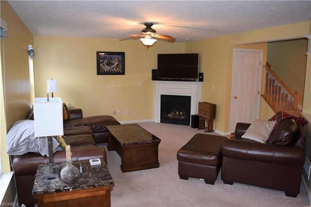 38791 Congressional Ln, Willoughby, OH - USA (photo 5)