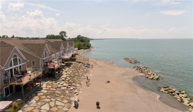 4311 Shore Dr, Lorain, OH - USA (photo 3)