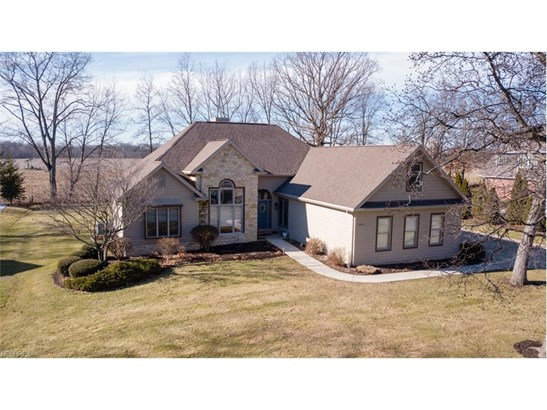 4408 Huntington Woods, Wooster, OH - USA (photo 1)