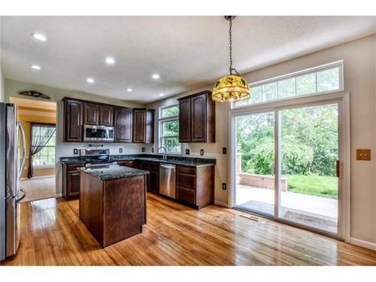 810 Tania Ct, Cranberry Township, PA - USA (photo 4)