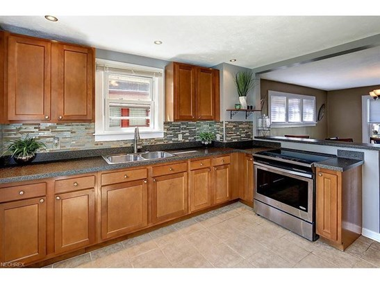 3422 Lownesdale Rd, Cleveland Heights, OH - USA (photo 4)