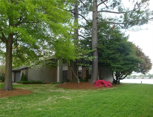 1496 Lake Christopher Dr, Virginia Beach, VA - USA (photo 1)
